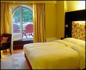 Auberge Saint-Antoine Hotel Room