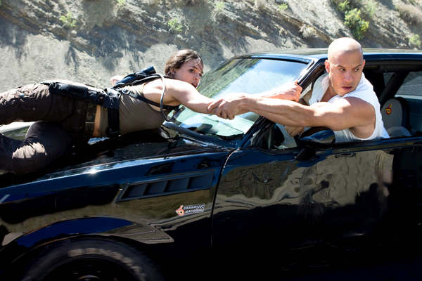 Michelle Rodriguez and Vin Diesel in Fast & Furious