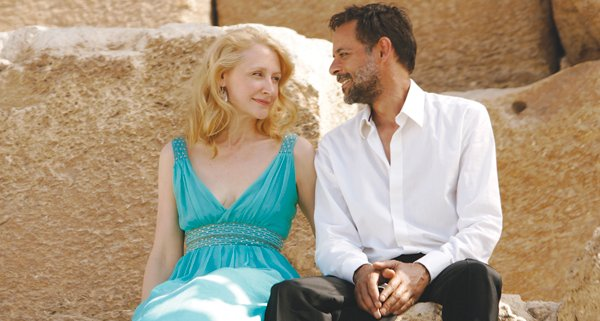 Patricia Clarkson and Alexander Siddig in Cairo Time