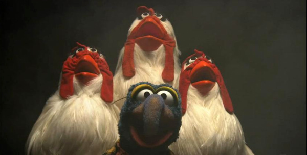 "The Muppets singing ""BohemianRhapsody"""