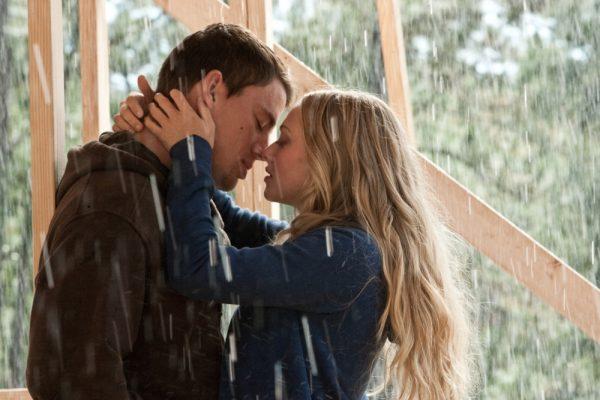 Channing Tatum and Amanda Seyfried in Dear John
