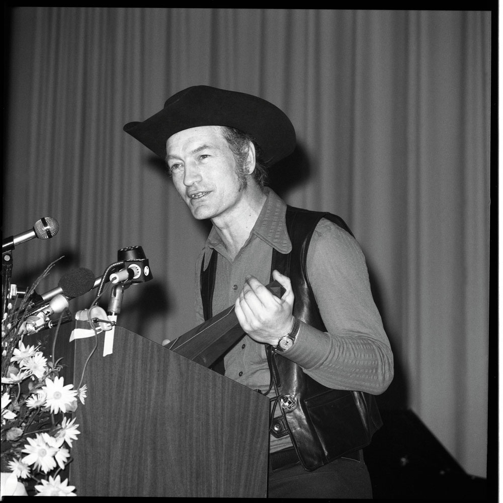 Stompin' Tom Connors (1973)