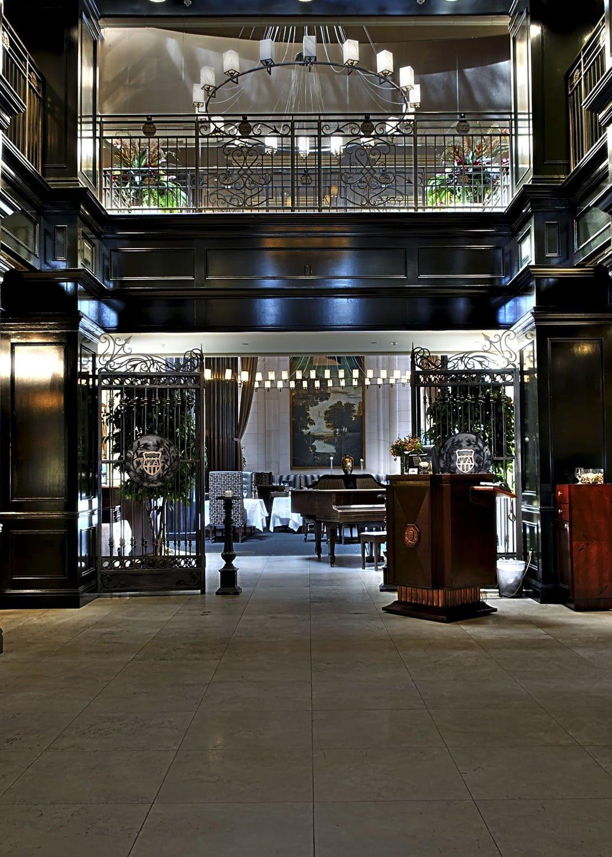 The Windsor Arms - Lobby