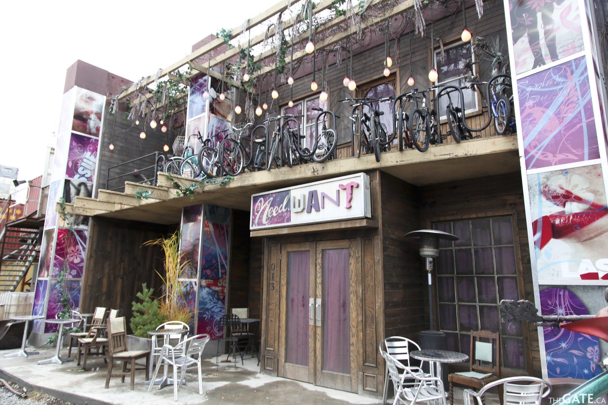 Outside NeedWant Lounge #2