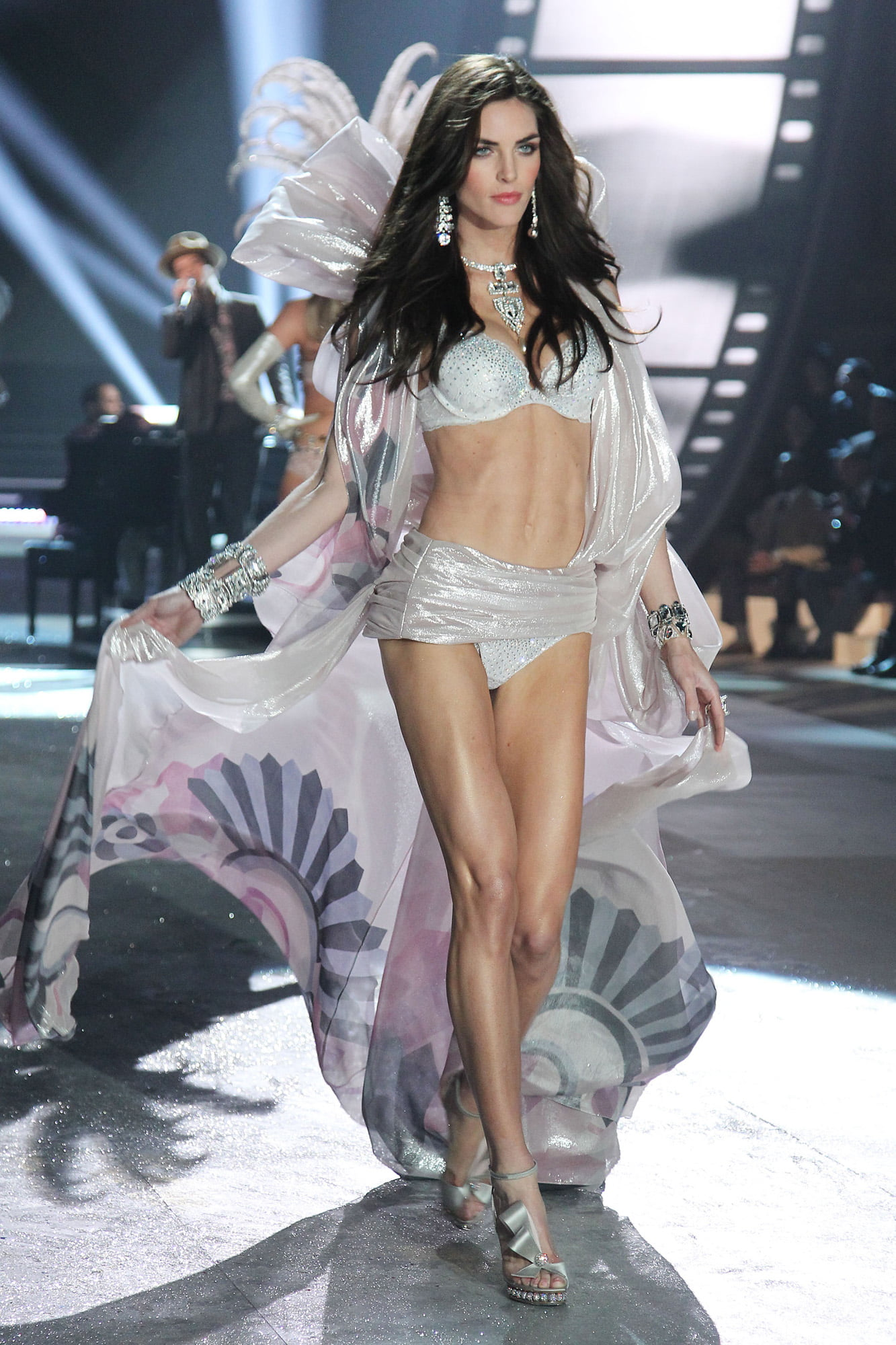 hilary rhoda victoria's secret - HD 1333×2000
