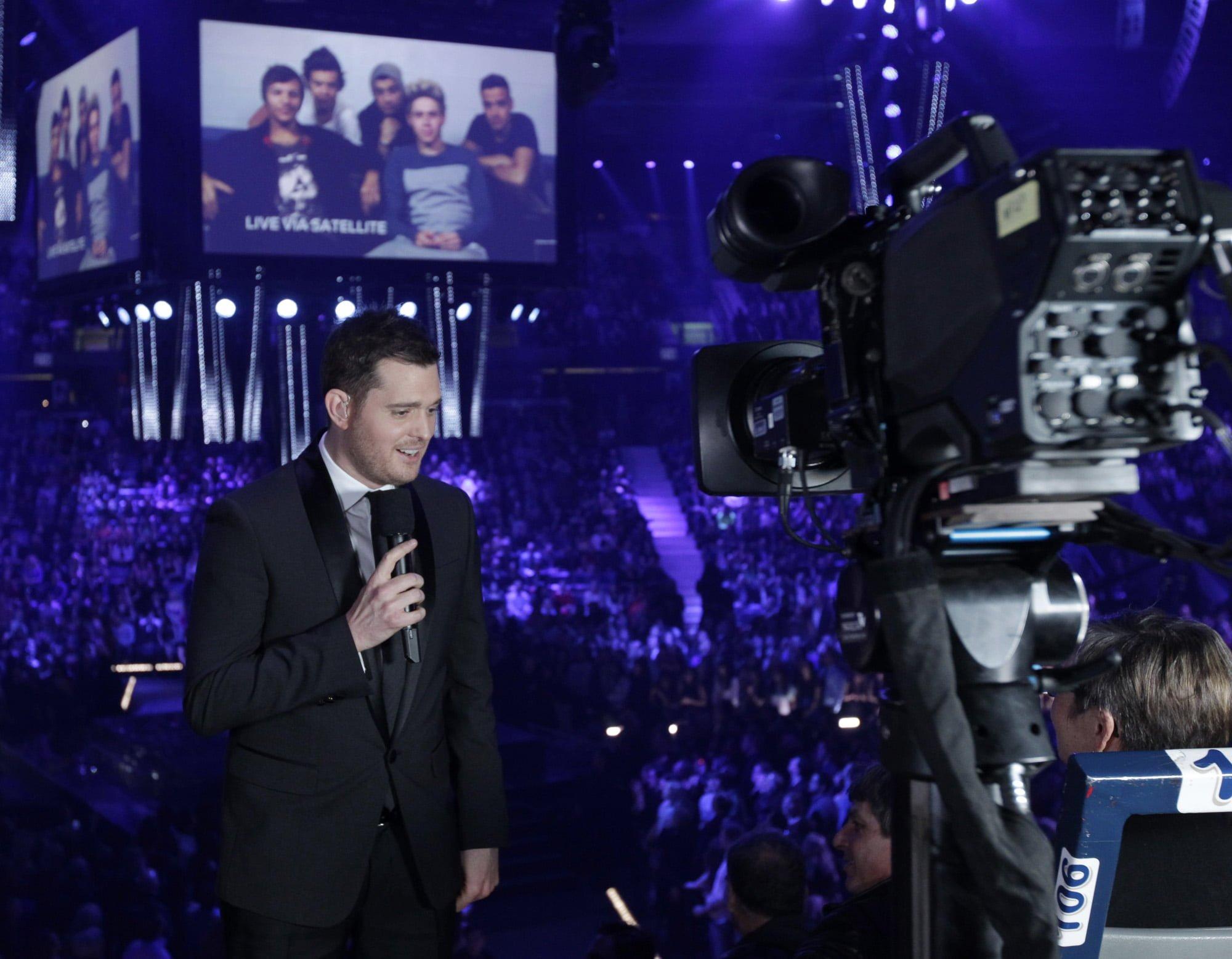 Host Michael Buble
