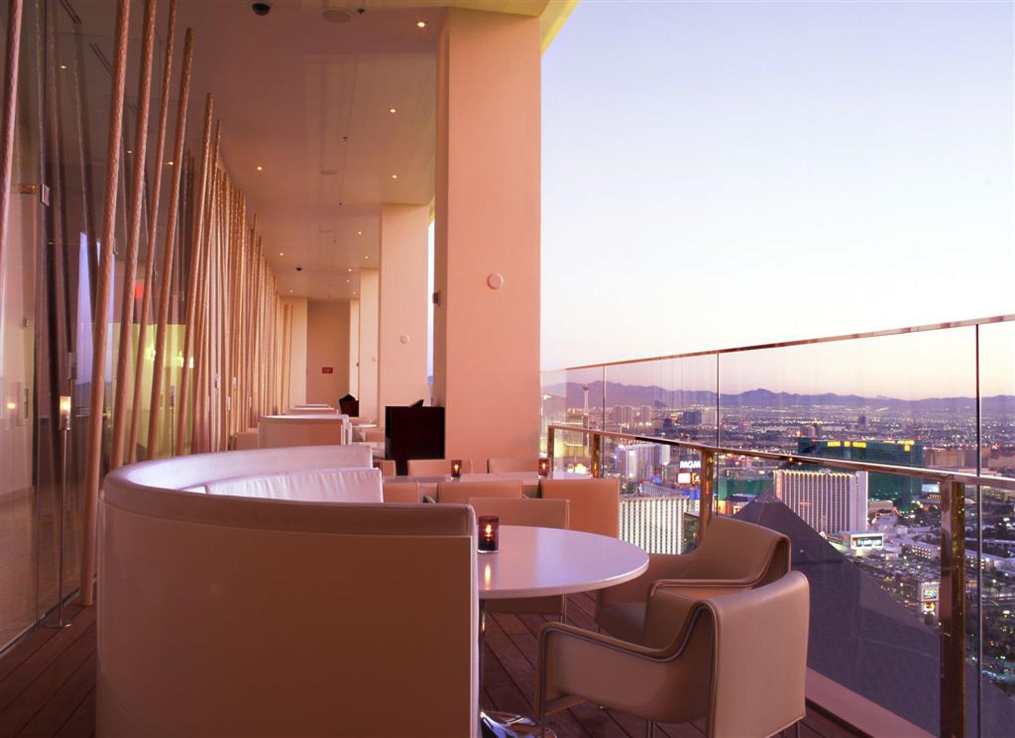 miX Balcony Dining