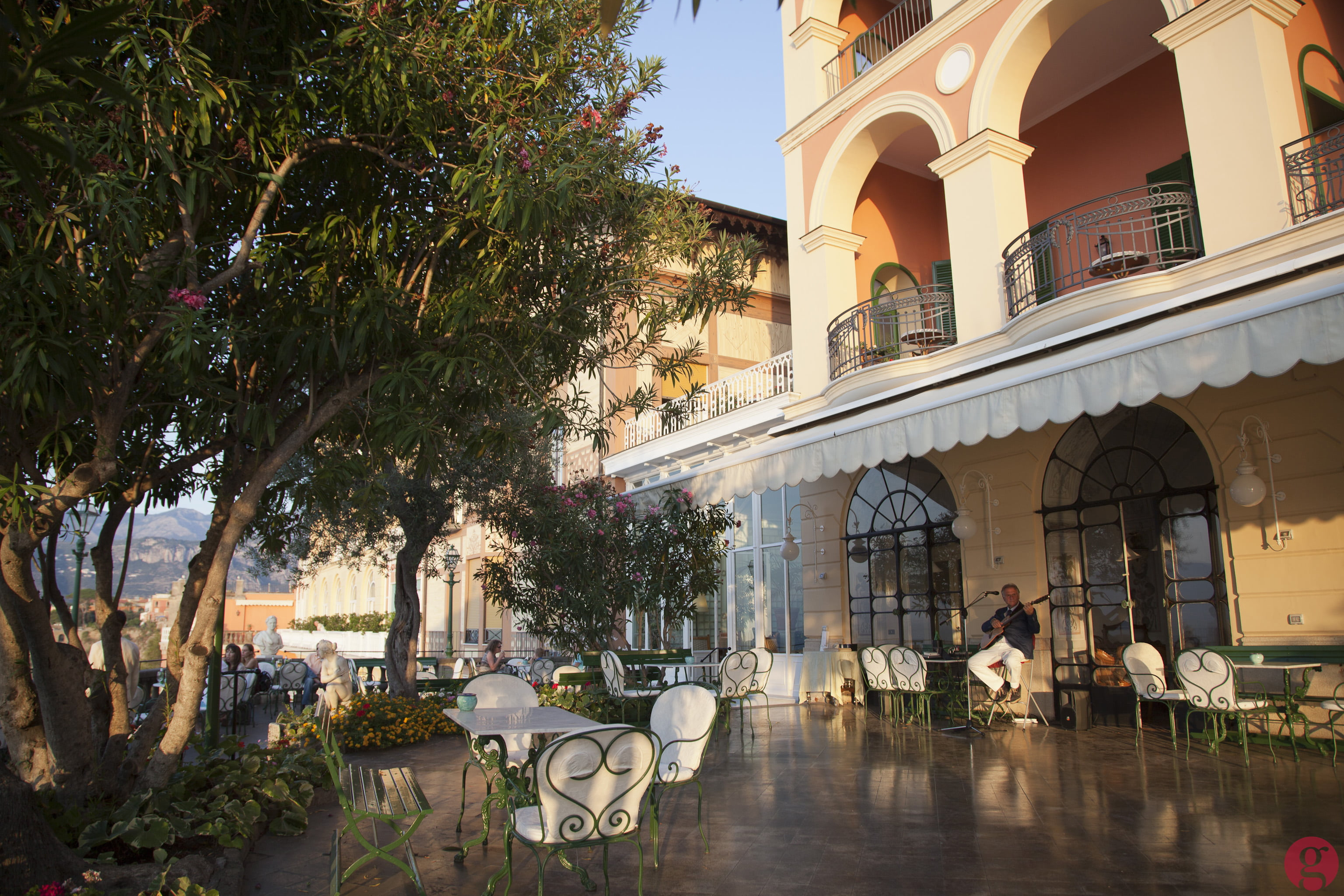 Cafe at Grand Hotel Excelsior Vittoria