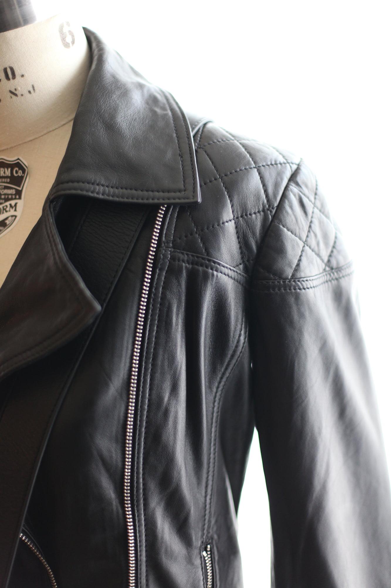 Danier Leather - Women's Jacket detail