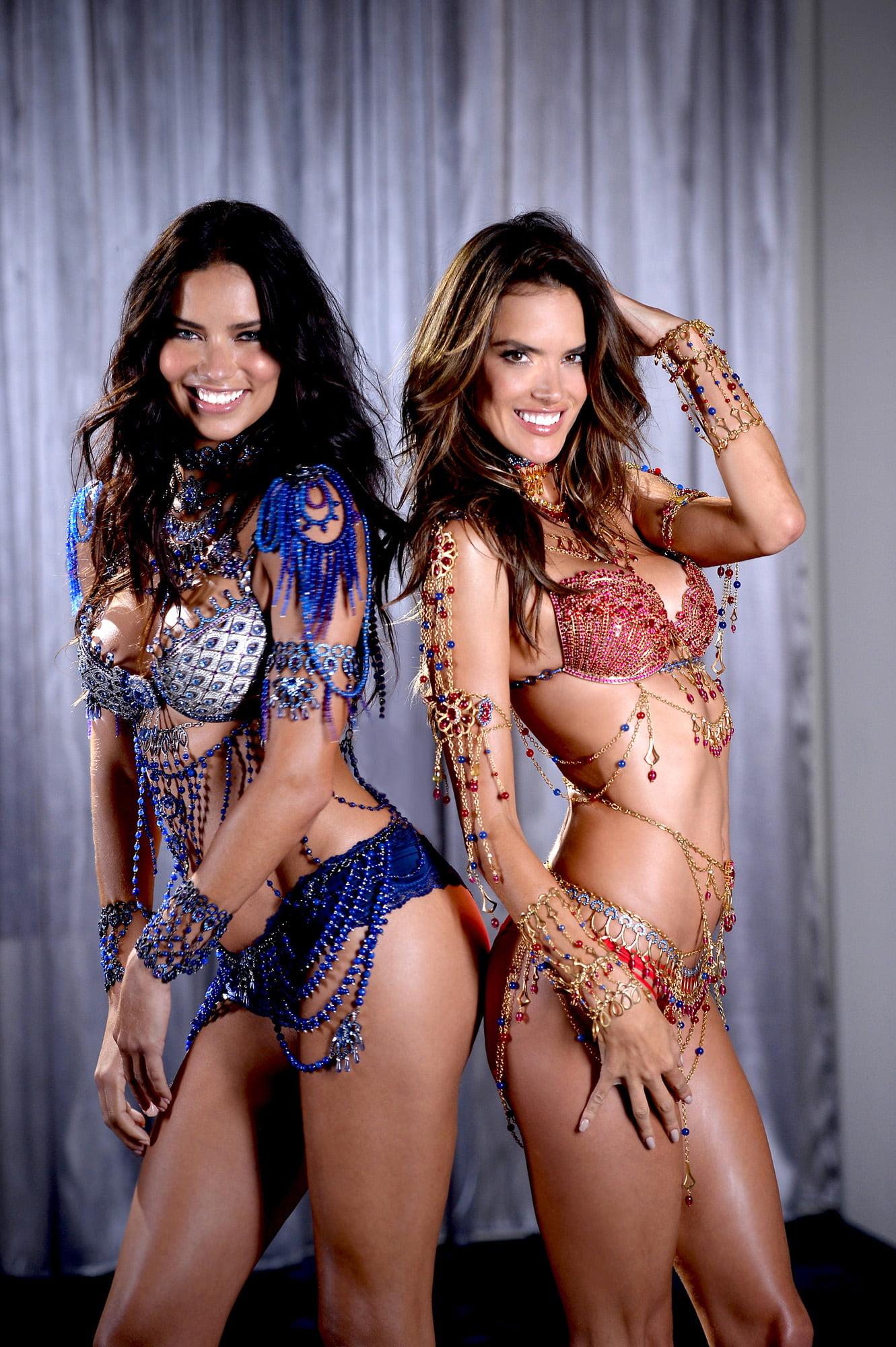 Adriana Lima and Alessandra Ambrosio #3