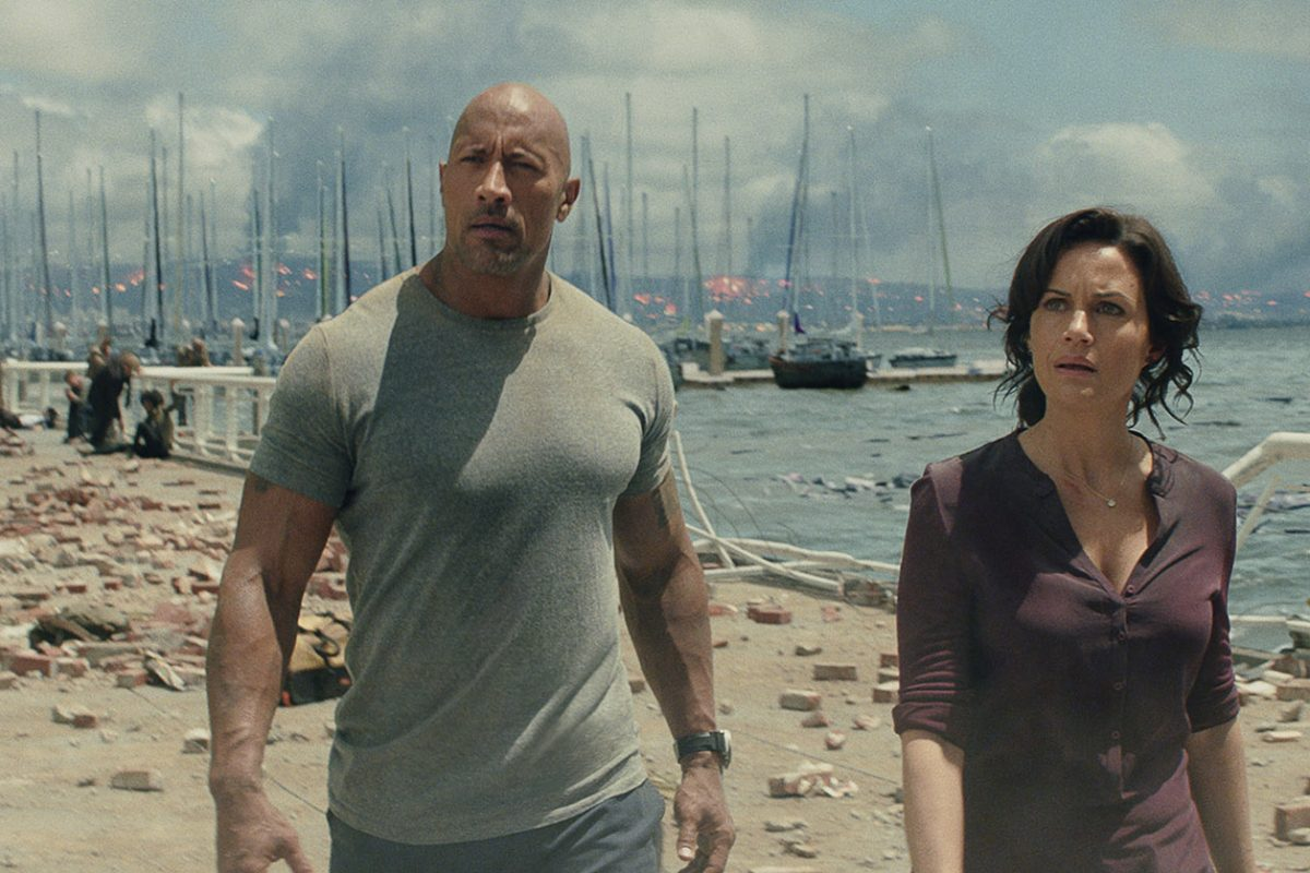 Dwayne Johnson and Carla Gugino in San Andreas