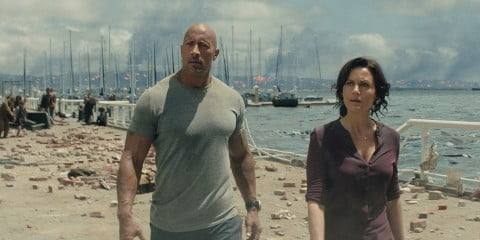 Dwayne Johnson and Carla Gugino in San Andreas