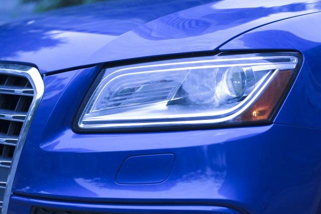 Audi SQ5 - Headlight