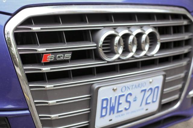 Audi SQ5 - Grill