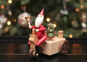 Holiday Sleigh Wooden Music Box