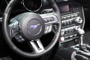 2016 Ford Mustang V6 Convertible dashboard