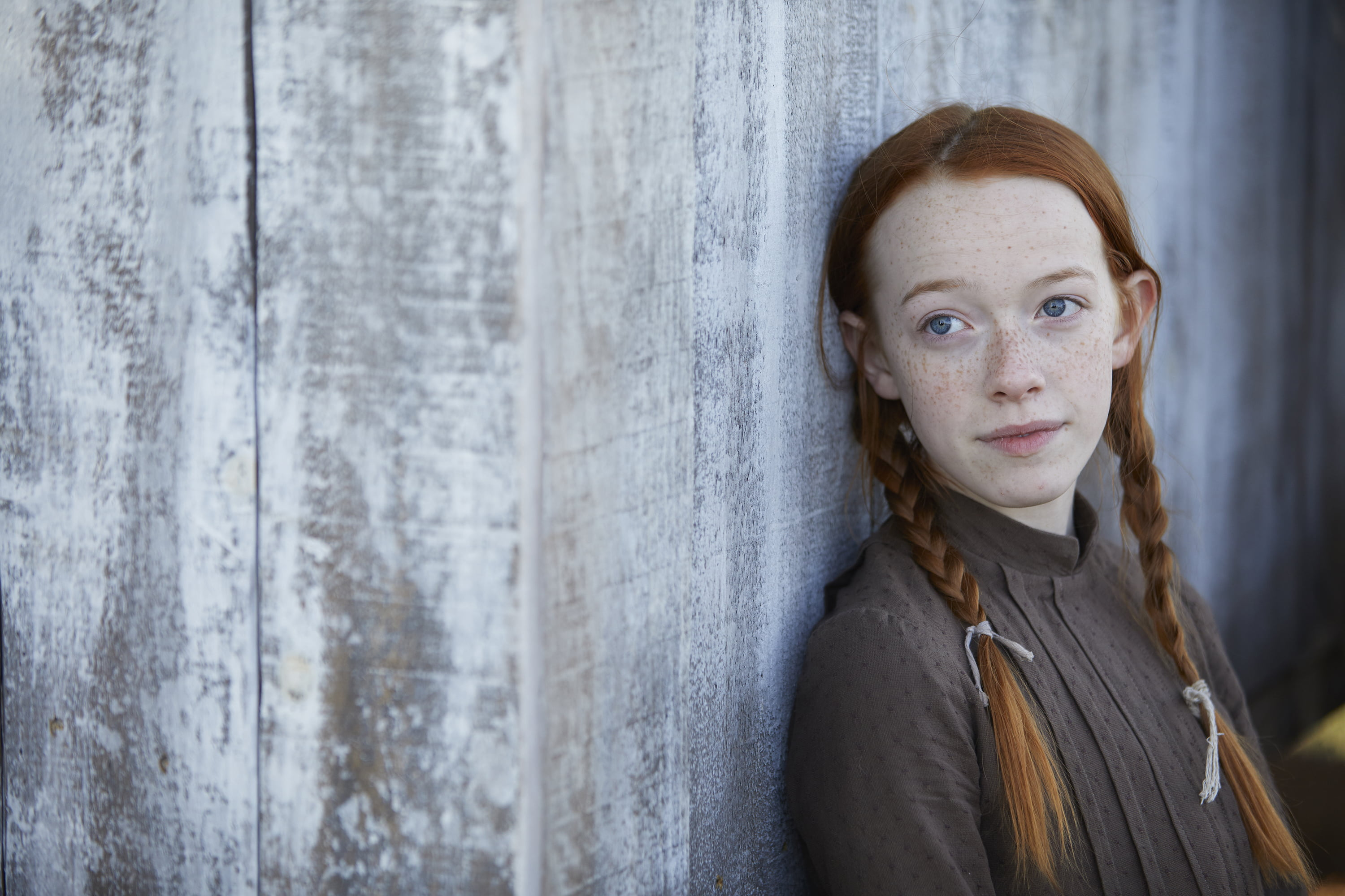 Amybeth mcnulty talks about becoming anne shirley in cbc 39 s for Anne la maison aux pignons verts