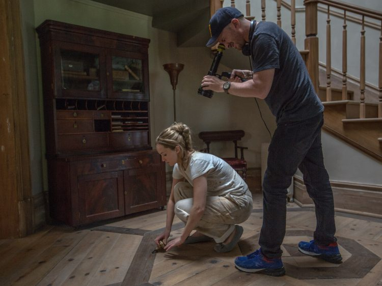 Jennifer Lawrence and Darren Aronofsky on the set of mother!